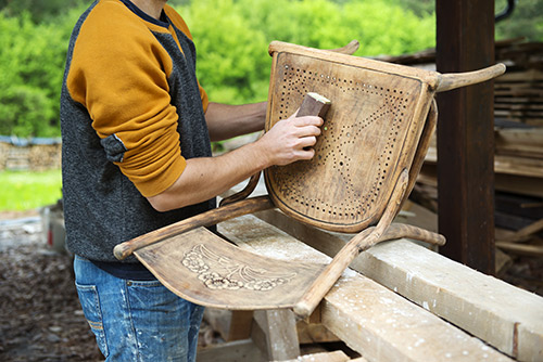 RENTAS-Stuhl-restaurieren